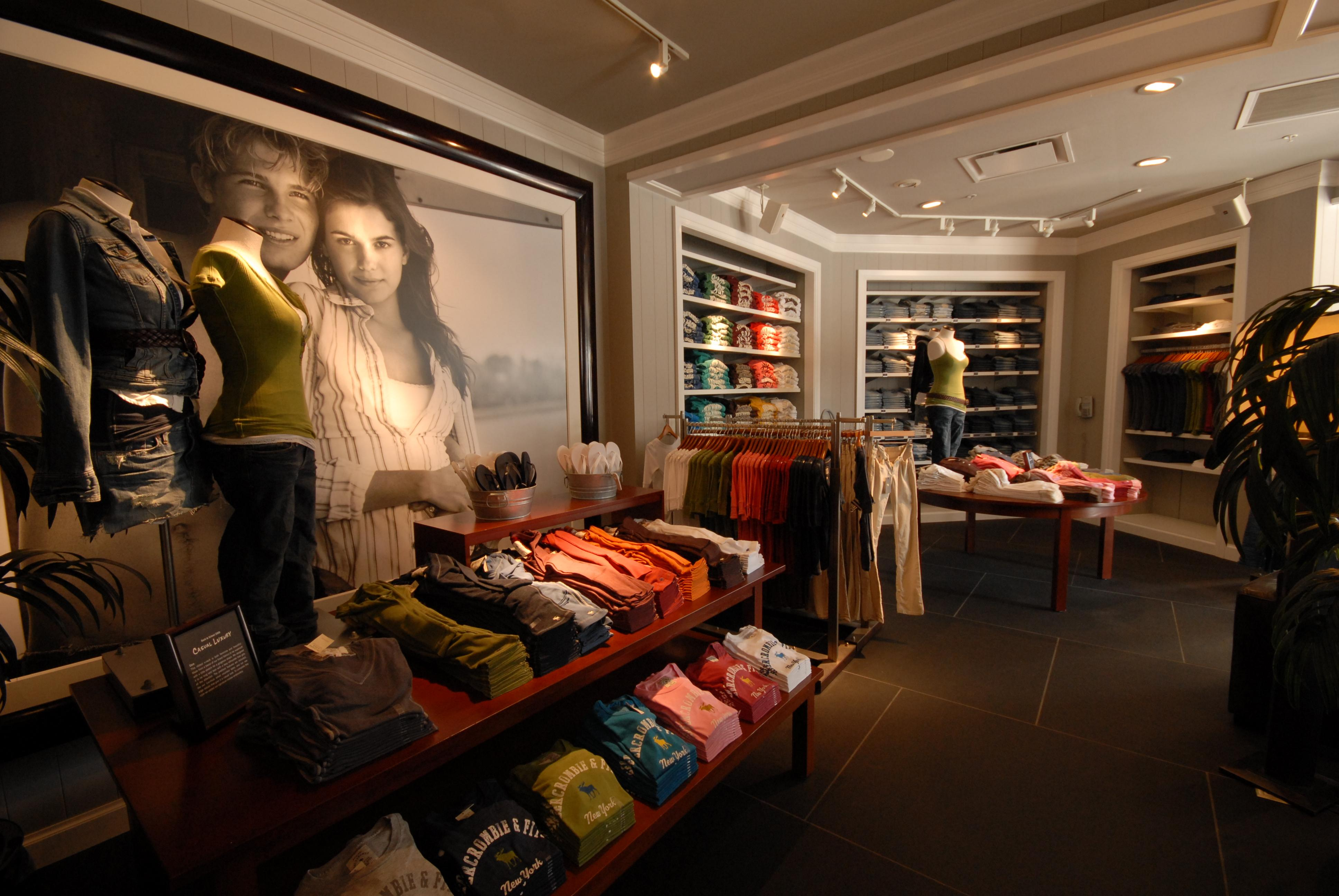 Abercrombie & Fitch | Retail Wall Panels, Retail Fixtures ...